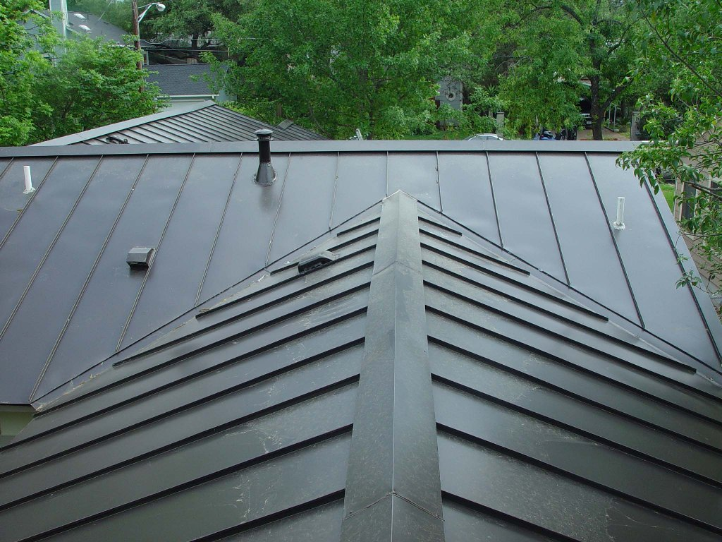 Image of: Black Aluminum Roofs