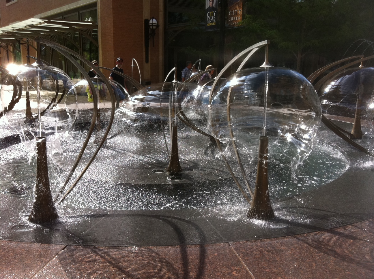 Image of: Bubble Fountain Ideas