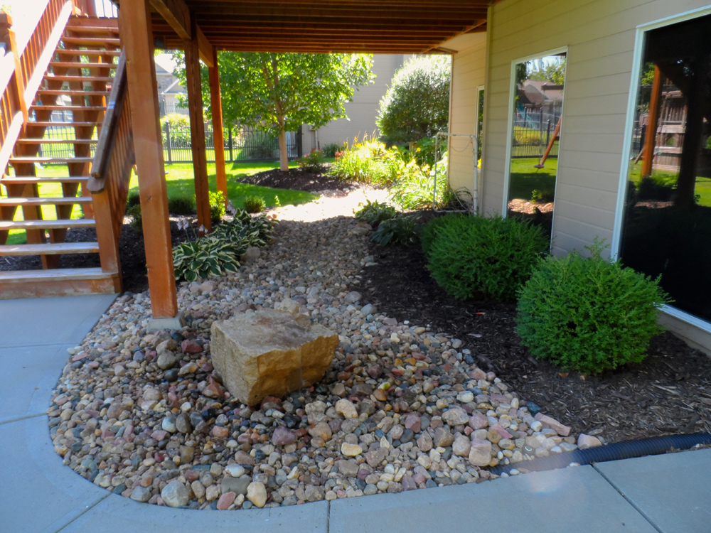 Image of: Bubbling Fountain Patio