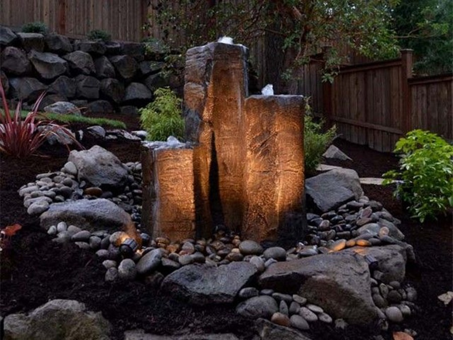 Image of: Bubbling Rock Fountain