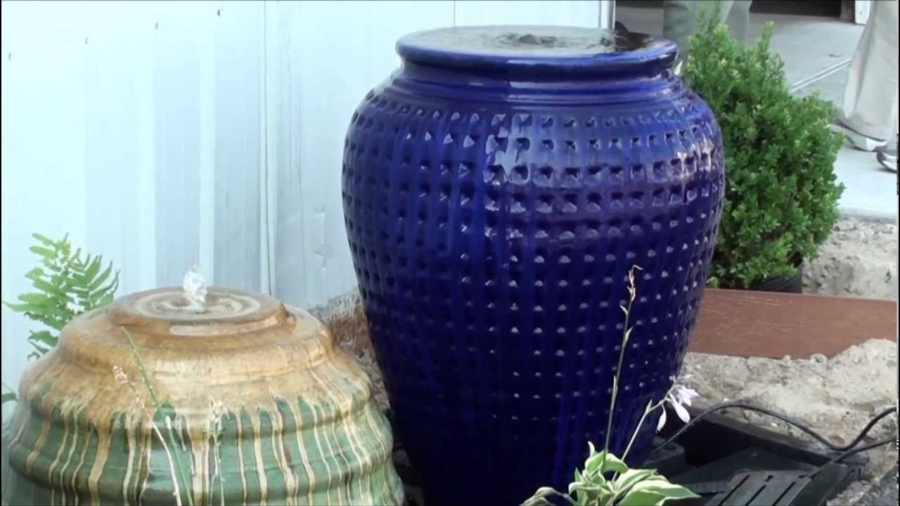 Ceramic Fountains Vase