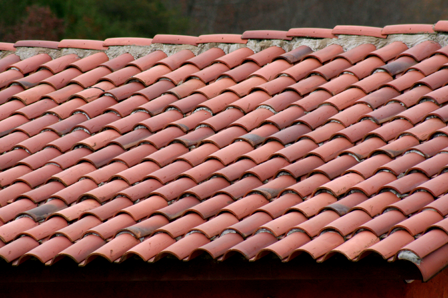 Image of: Ceramic Roof Tile Ideas