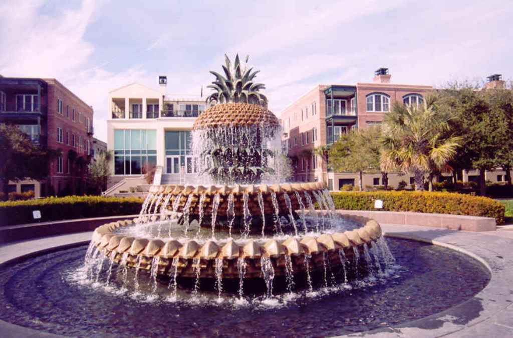 Image of: Charleston Pineapple Fountain Print