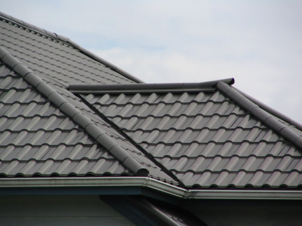 Image of: Composite Roof Tiles Brands
