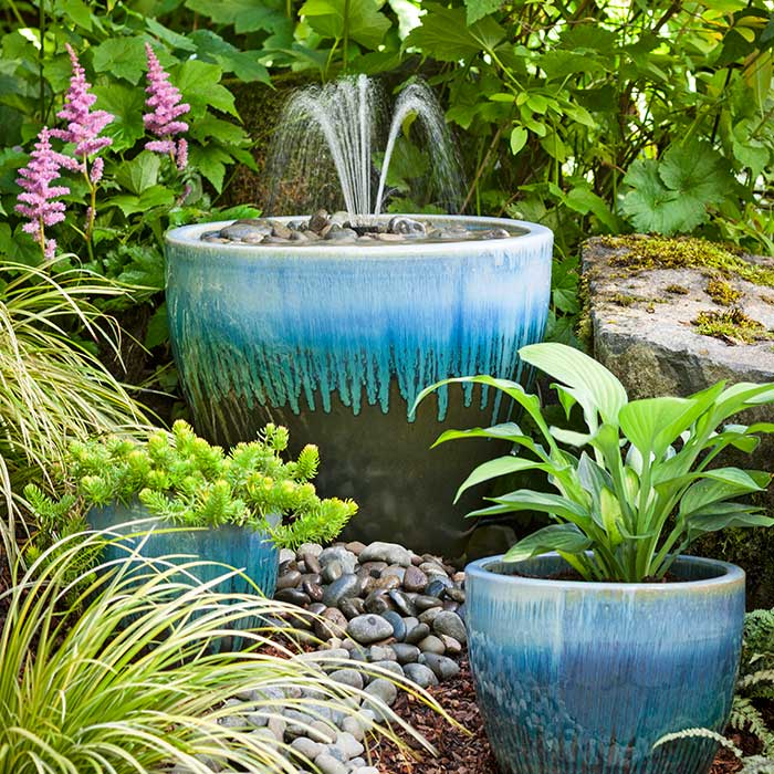 Image of: Contemporary Fountains Garden