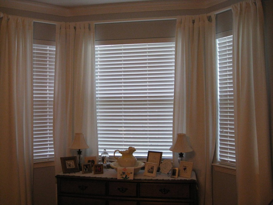 Image of: Curtains Bay Window Roof