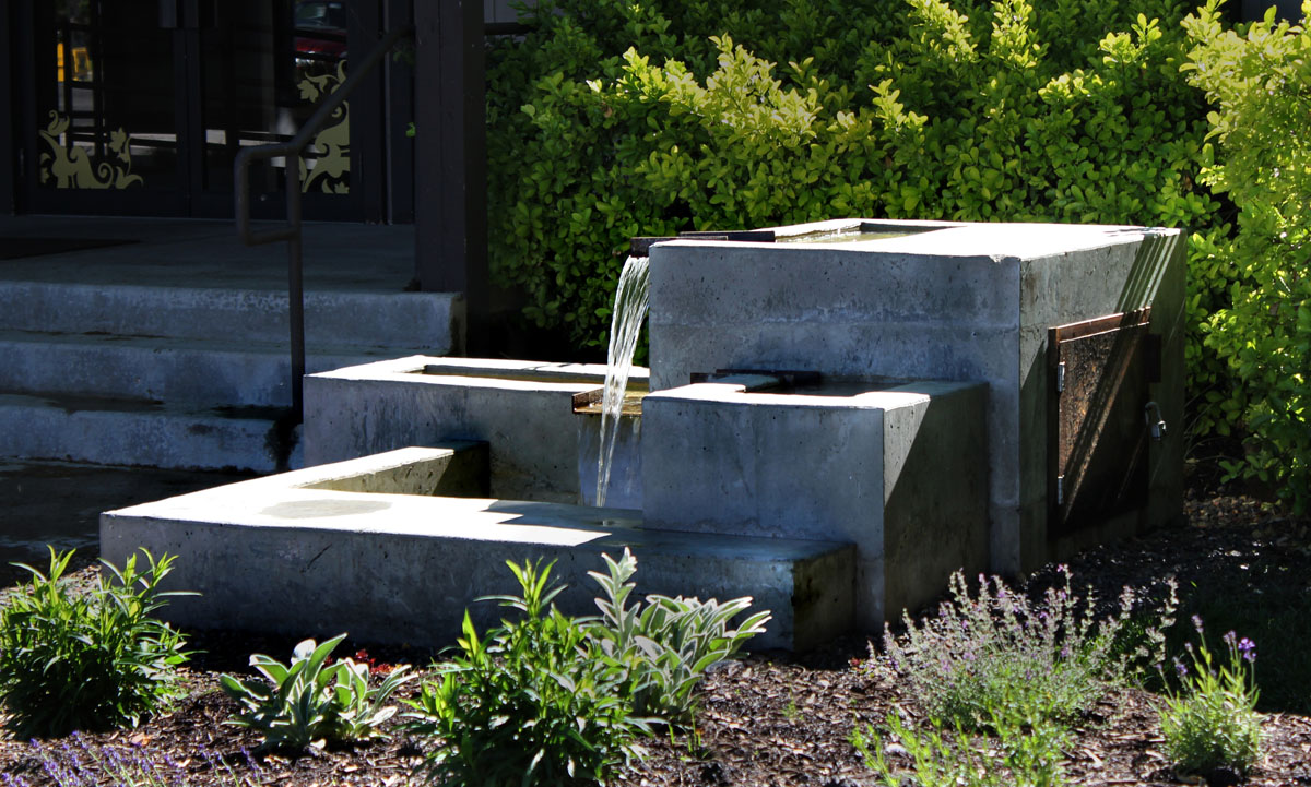 Image of: DIY Concrete Water Fountains