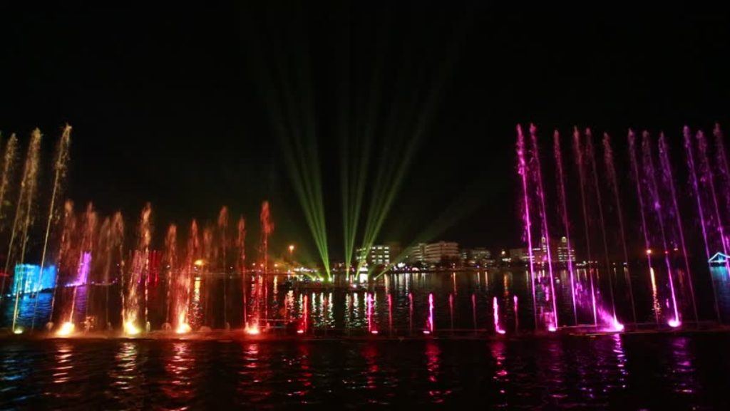 Image of: Dancing Water Fountain Lights