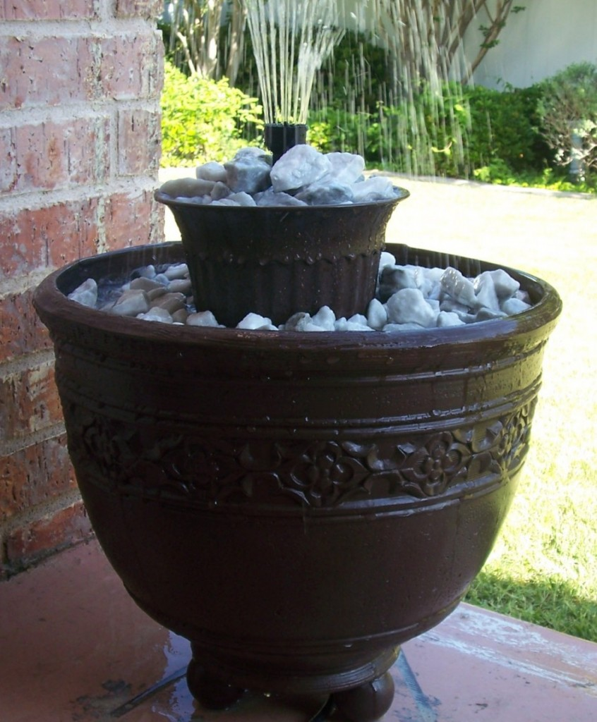 Image of: Diy Barrel Water Fountain
