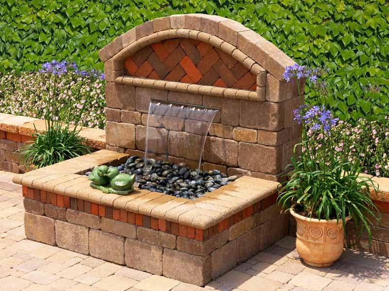 Image of: Diy Garden Fountain Designs