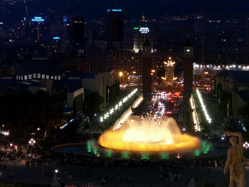Image of: Fabulous Barcelona Magic Fountain
