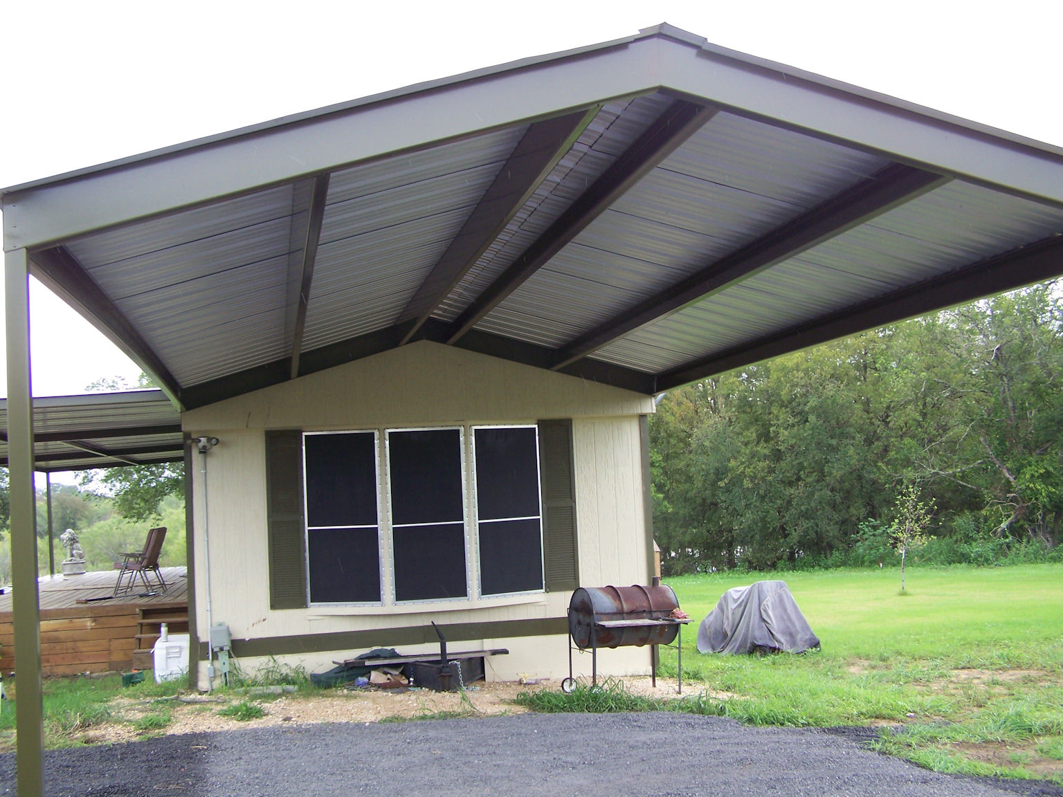 Image of: Good Awning Roof