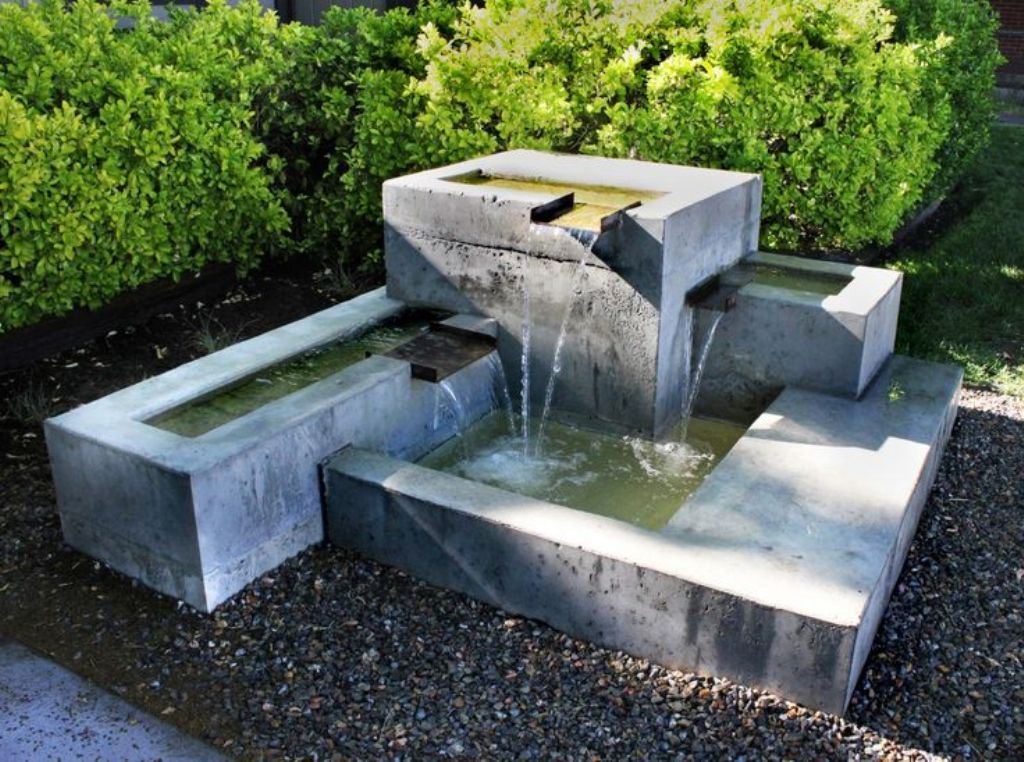 Image of: Make Concrete Fountain Molds