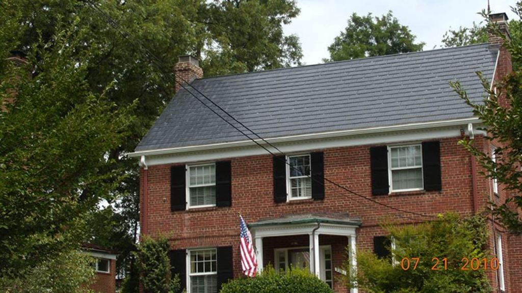 Image of: Metal Best Roof Color for Red Brick House
