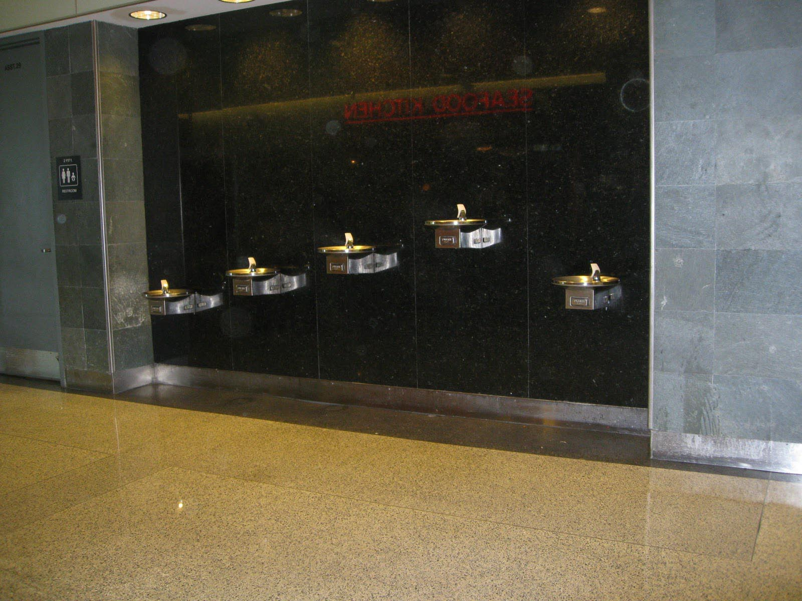 Image of: Modern ADA Drinking Fountain