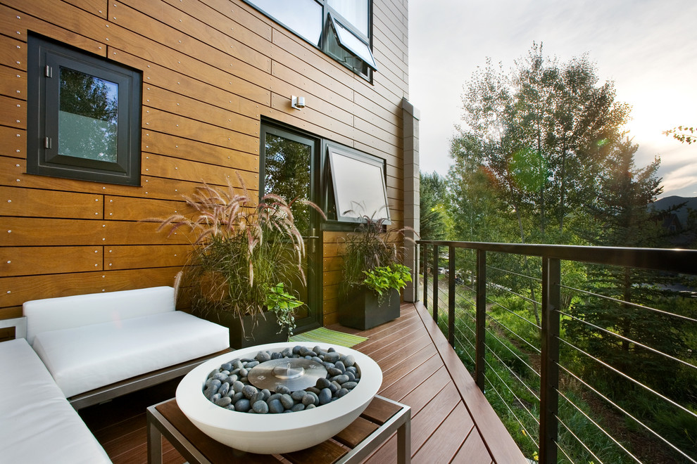Image of: Modern Deck Fountains