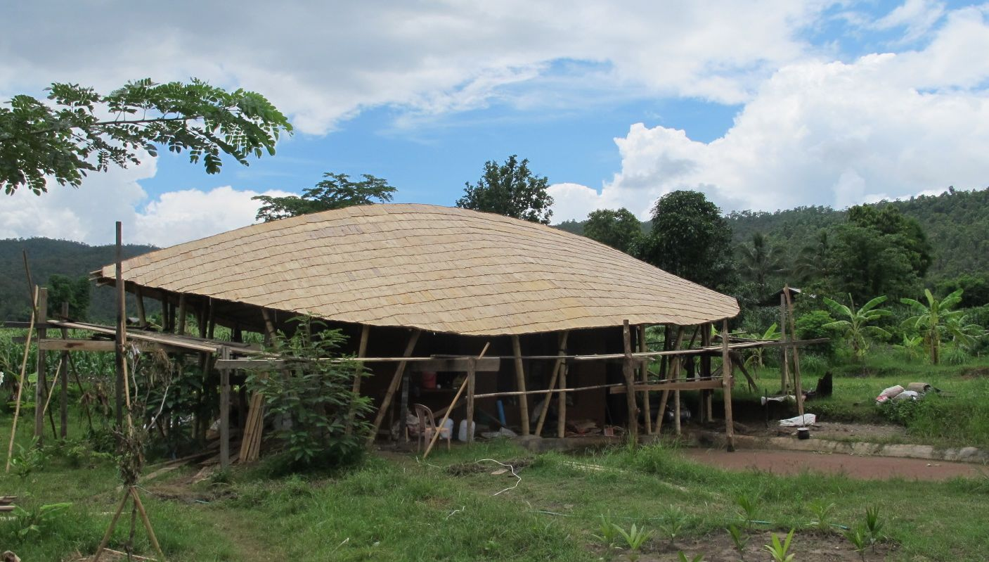 Image of: Nice Bamboo Roof Design