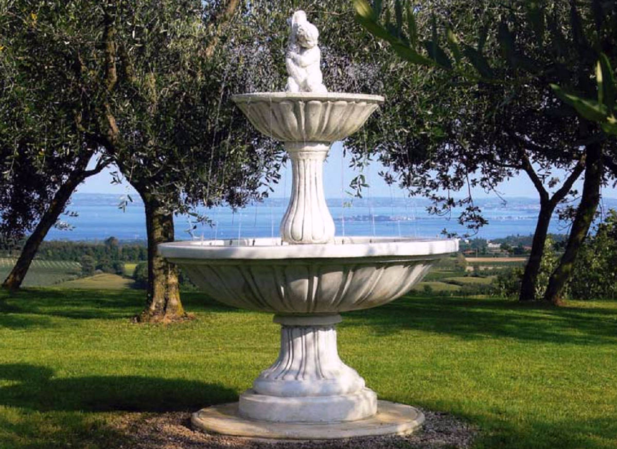 Image of: Nice Cherub Fountain