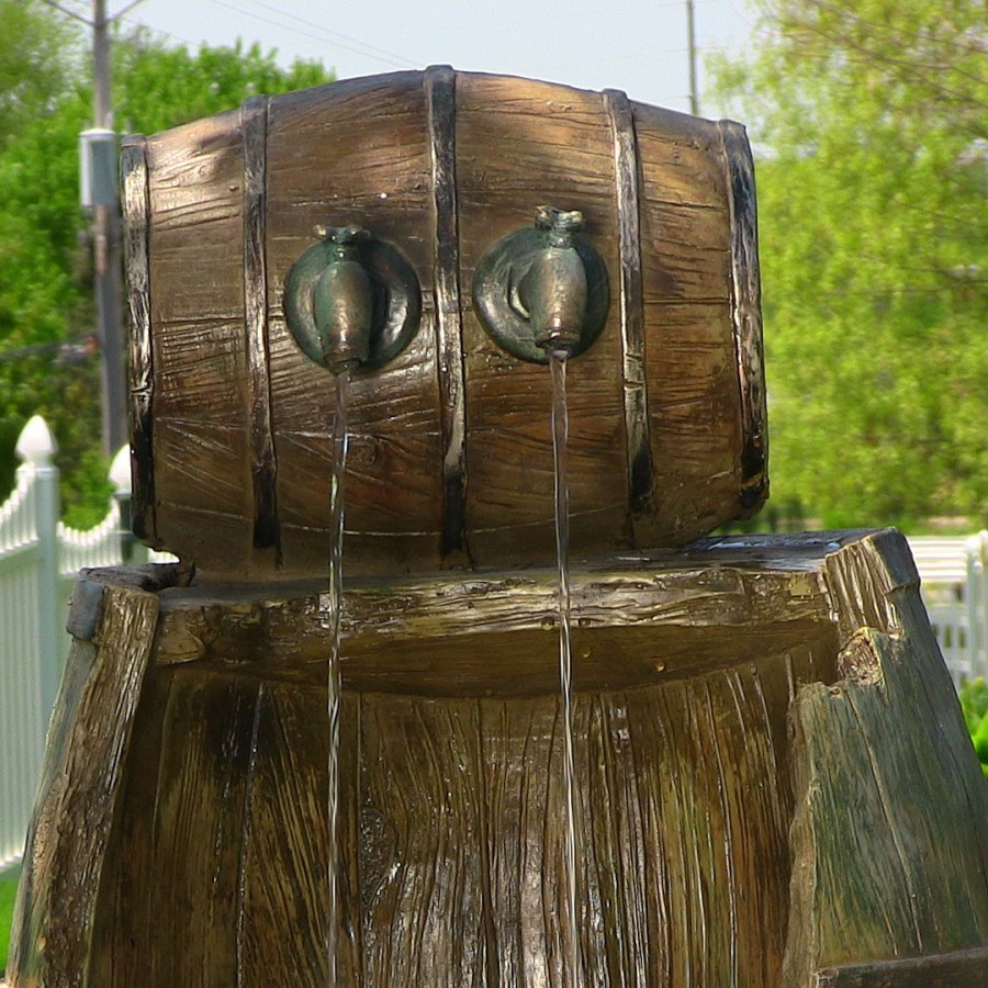 Image of: Old Barrel Water Fountain