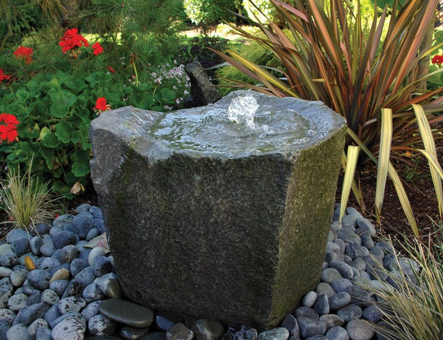 Image of: Outdoor Bubbling Rock Fountain