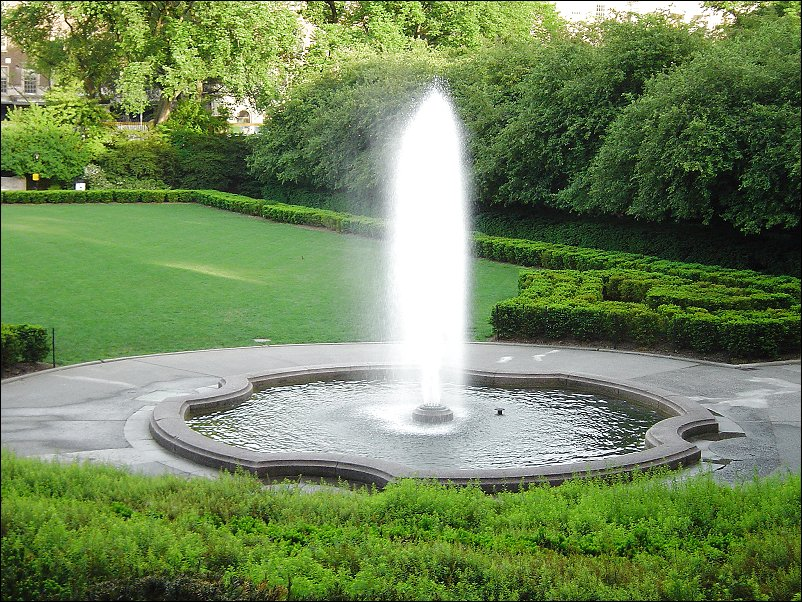 Image of: Perfect Backyard Fountains for Sale