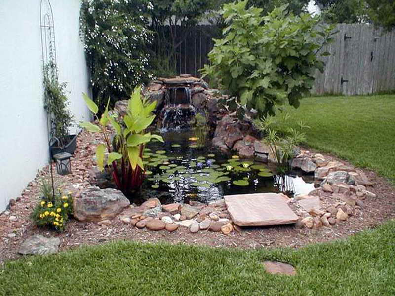 Image of: Small Decorative Outdoor Water Fountains