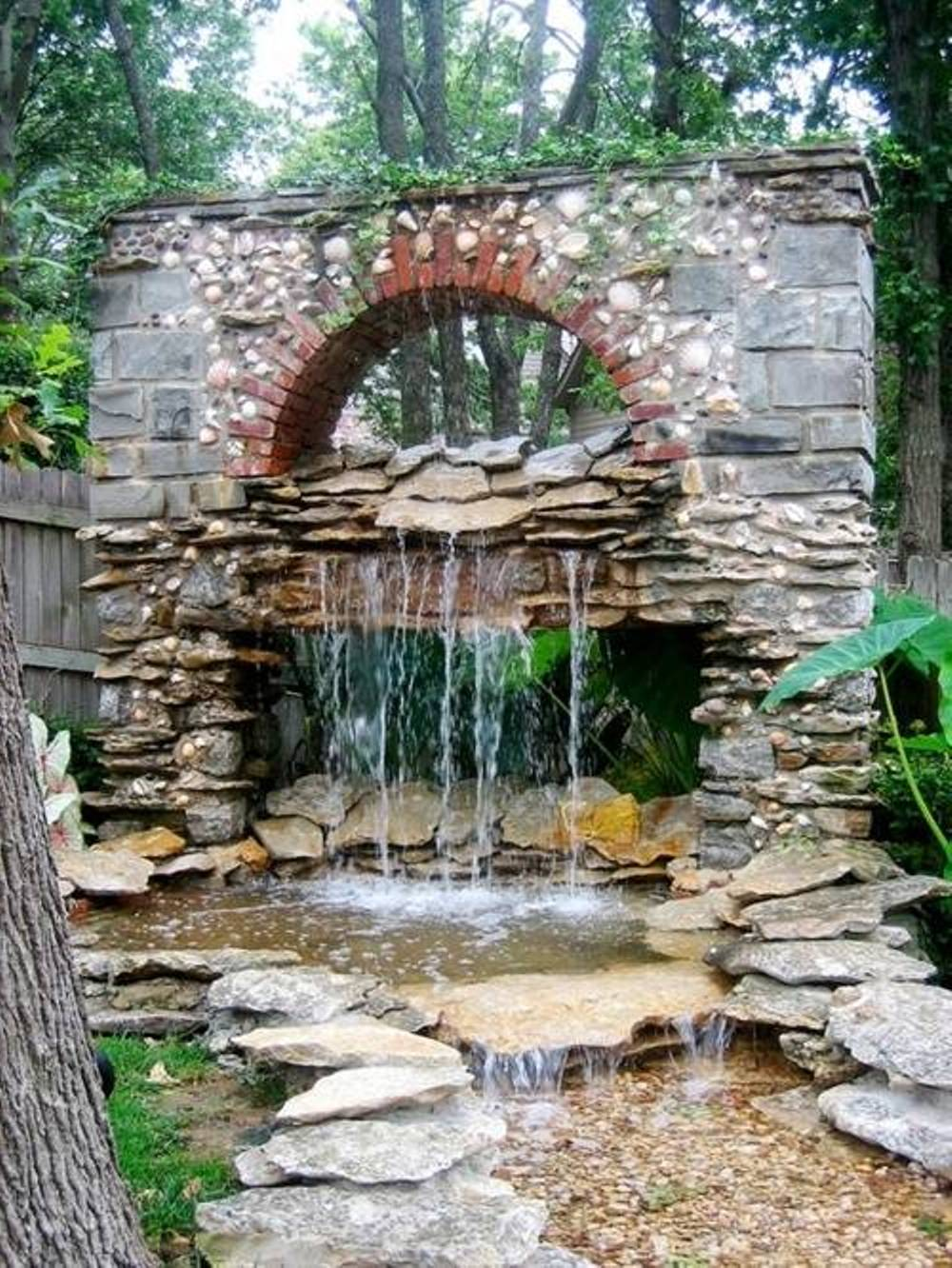 Image of: Stones Backyard Water Fountains