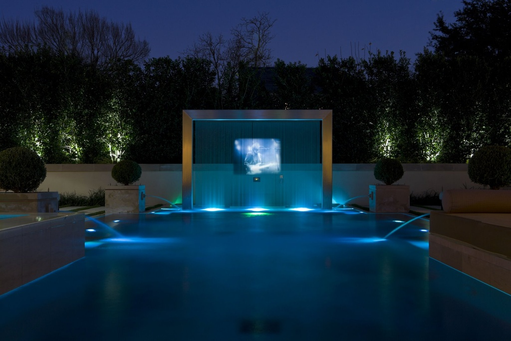 Image of: Wonderful Above Ground Pool Fountain
