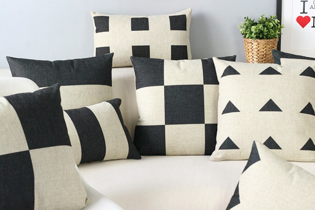 Image of: All Modern Throw Pillows