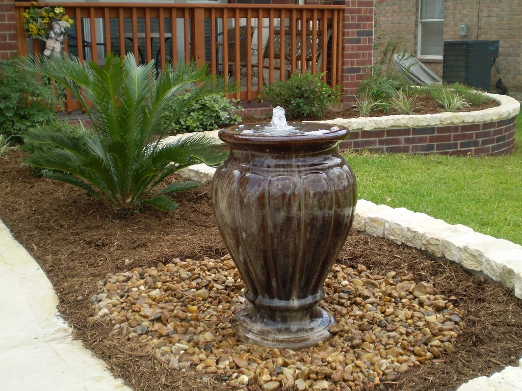 Image of: Amazing Disappearing Fountain Basin