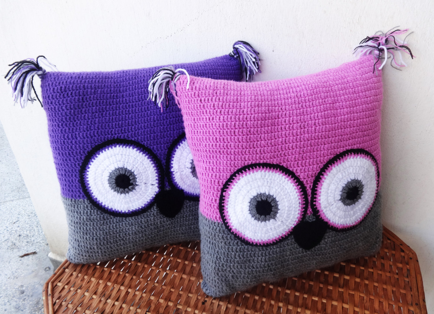 Image of: Amazing Owl Pillow