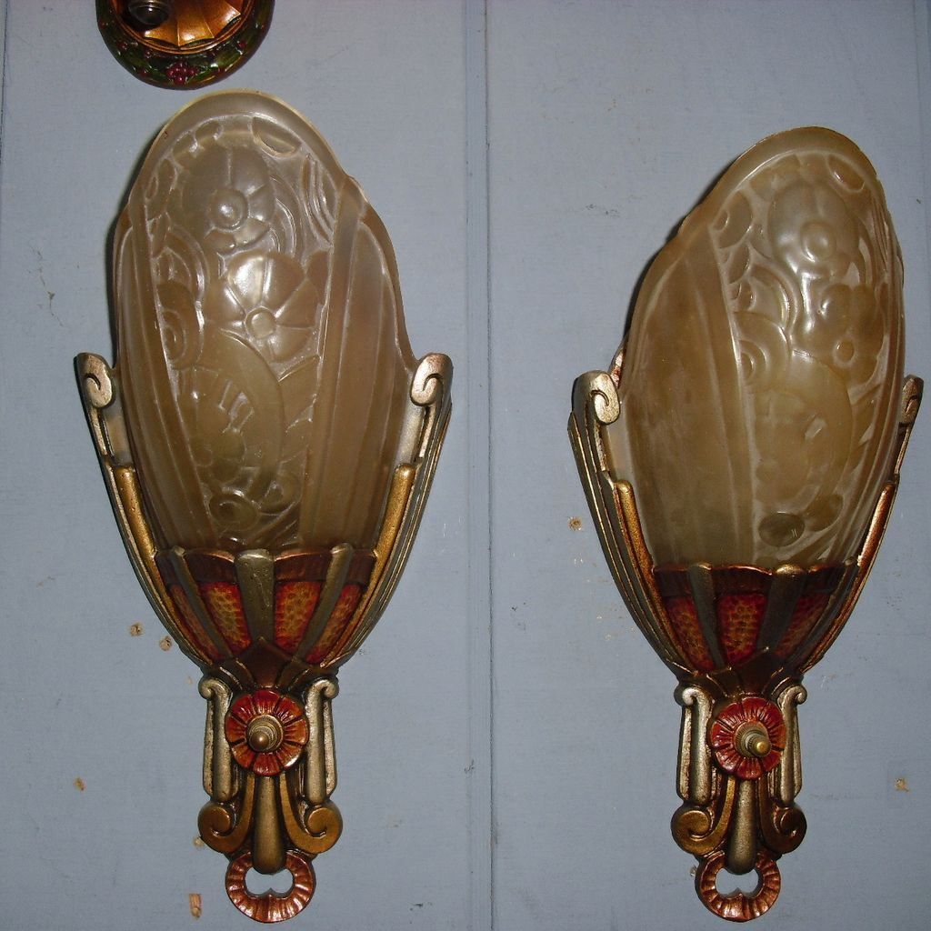 Image of: Antique Art Deco Wall Sconce