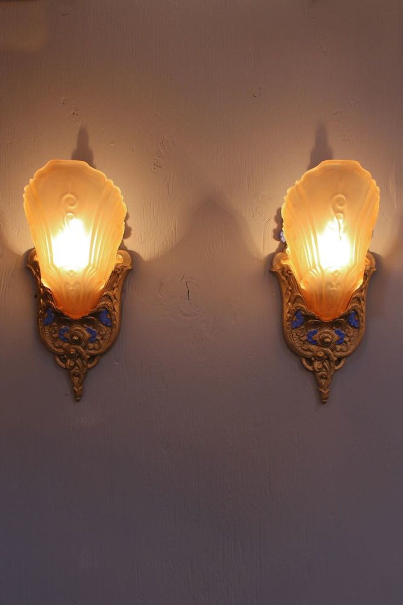 Image of: Art Deco Wall Sconce Ideas