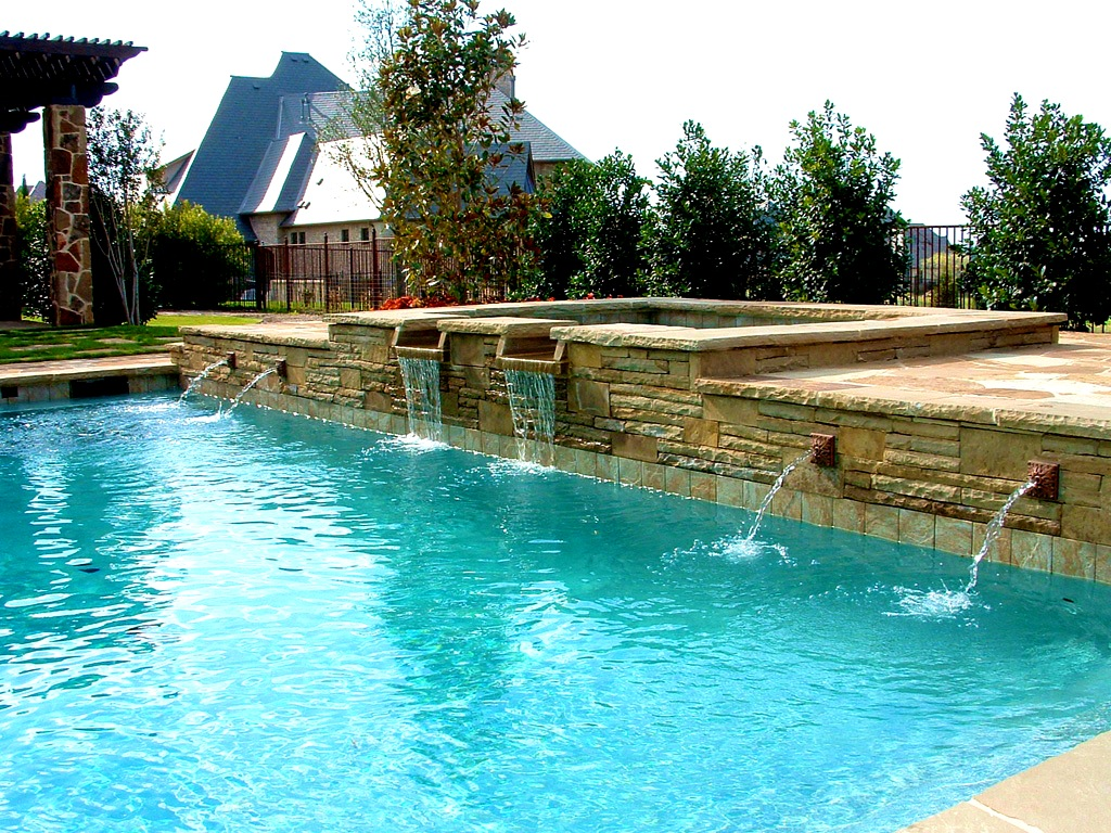 Image of: Attractive DIY Pool Fountain