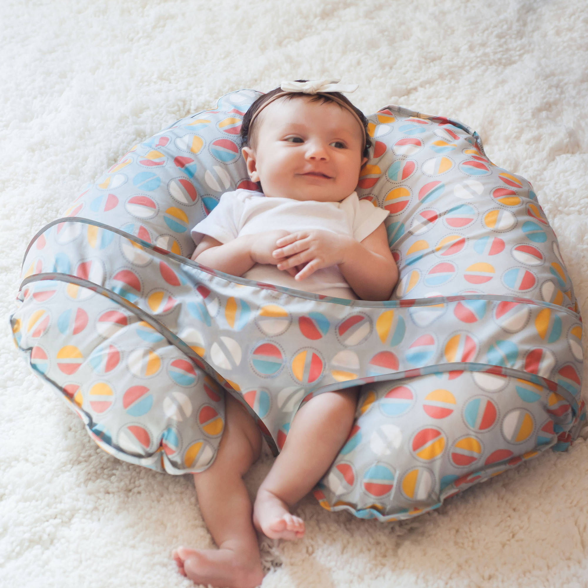 Image of: Awesome Nursing Pillow