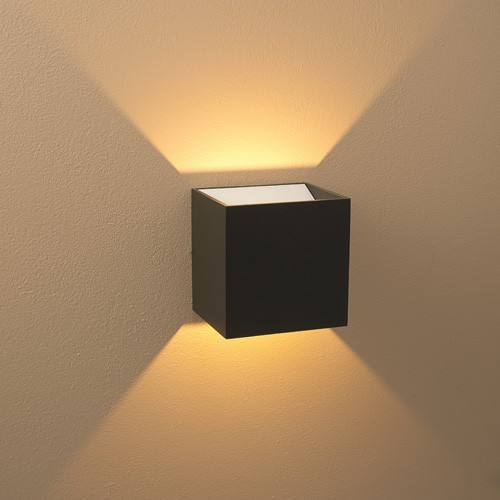 Image of: Battery Operated Sconce Lights Wall