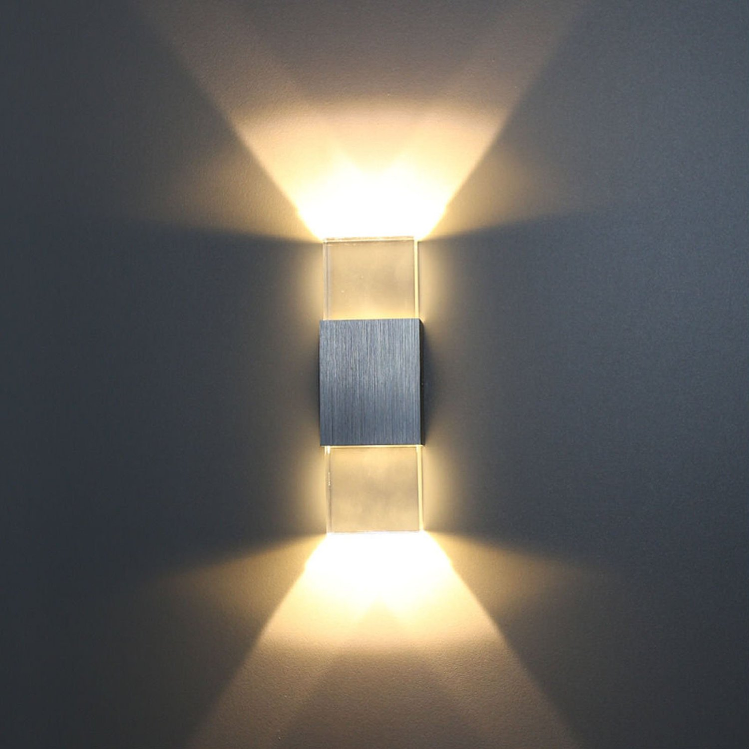 Image of: Battery Powered Sconce Design
