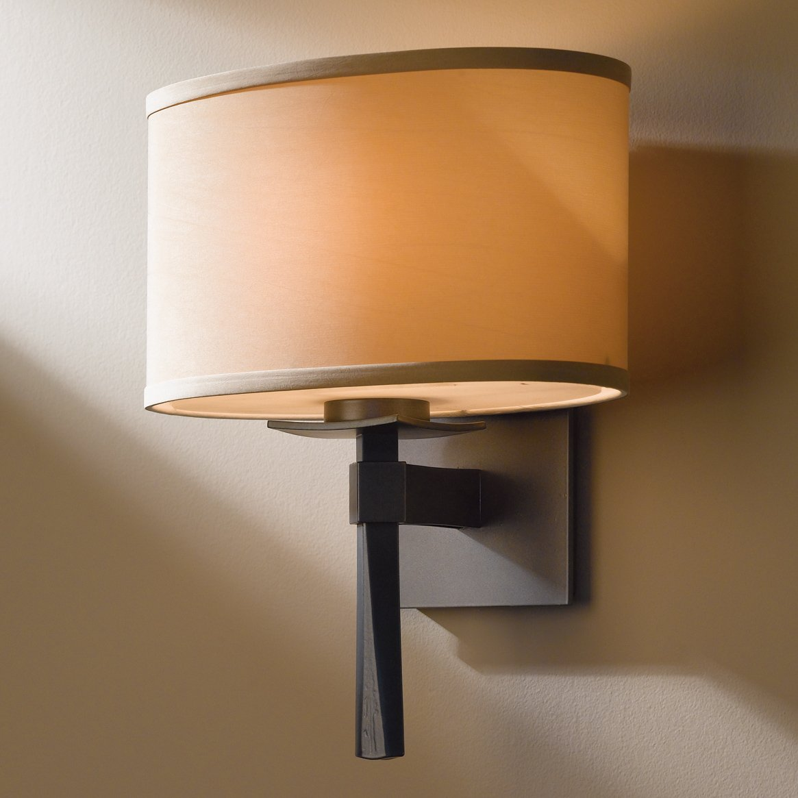 Image of: Beacon Hubbardton Forge Sconce