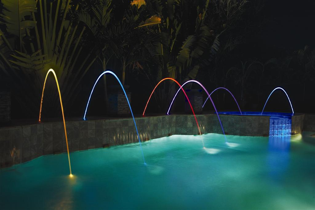 Image of: Beautiful DIY Pool Fountain