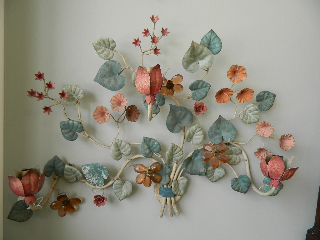 Image of: Beautiful Floral Wall Sconces