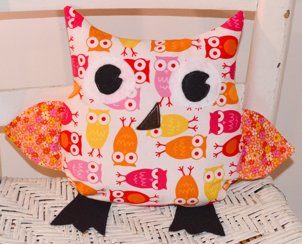 Image of: Beautiful Owl Pillow Ideas