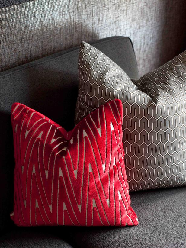 Image of: Best Red And Grey Throw Pillows