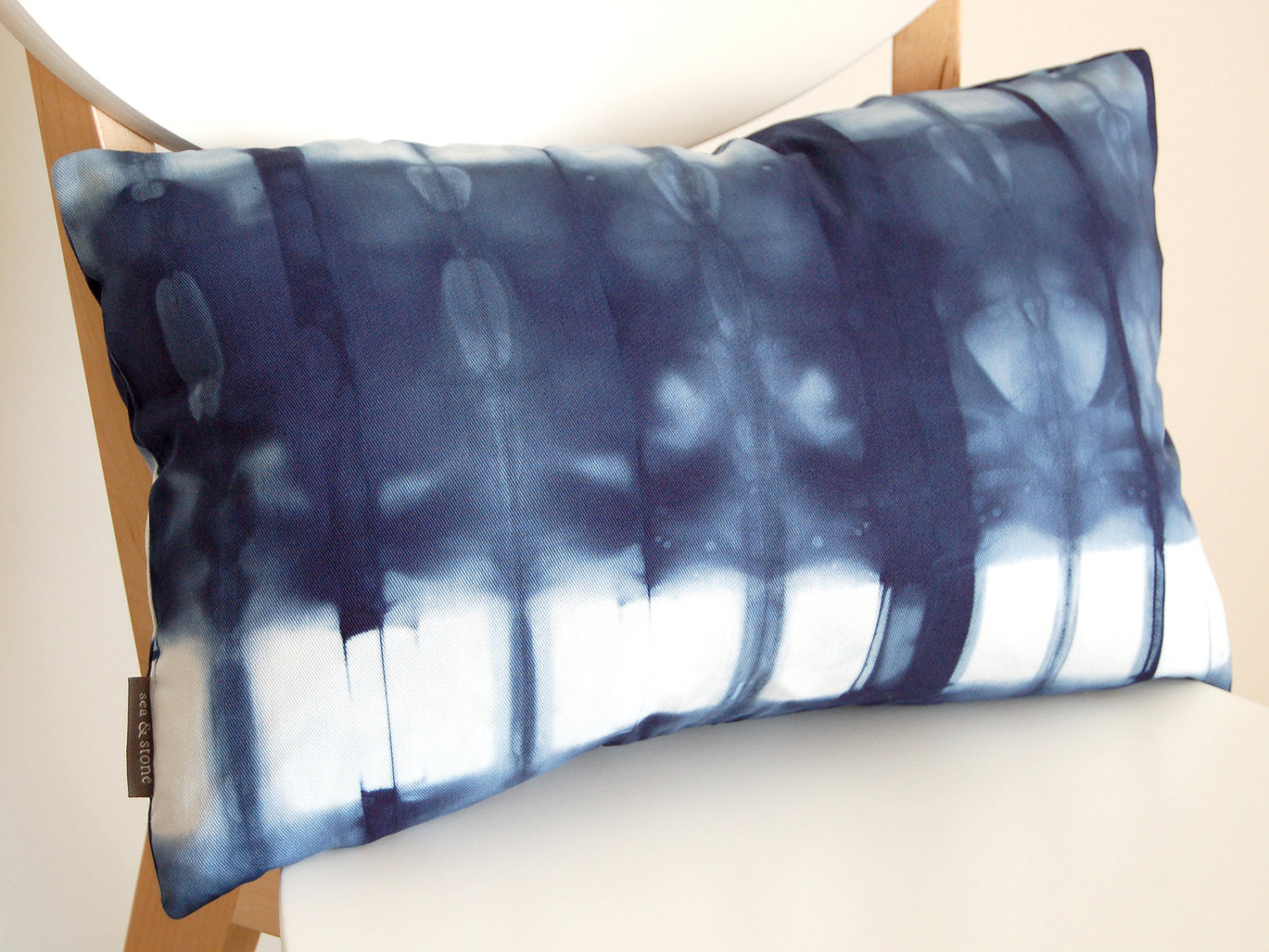 Image of: Best Shibori Pillow