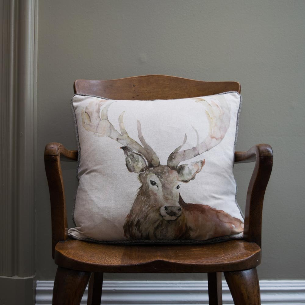 Image of: Best Stag Pillow