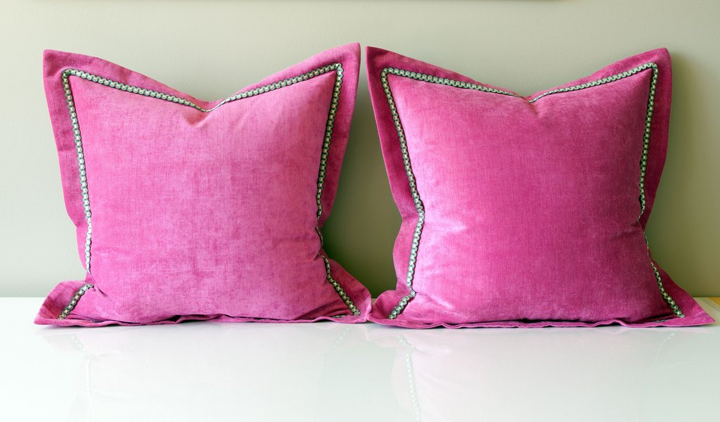 Image of: Blush Pink Throw Pillows