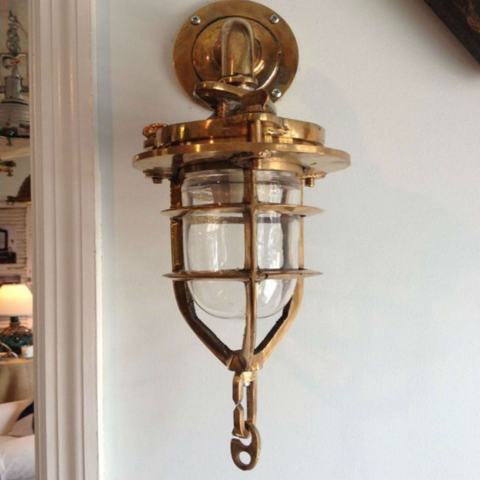 Image of: Brass Lantern Sconce Indoor