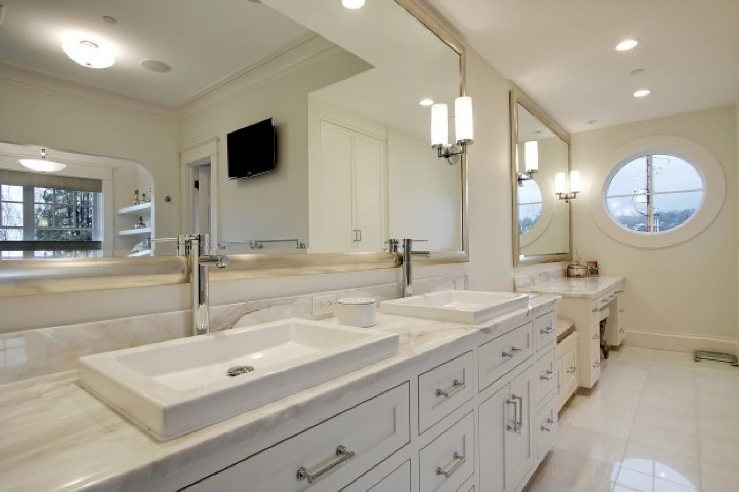 Image of: Brushed Nickel Bathroom Sconces Lighting