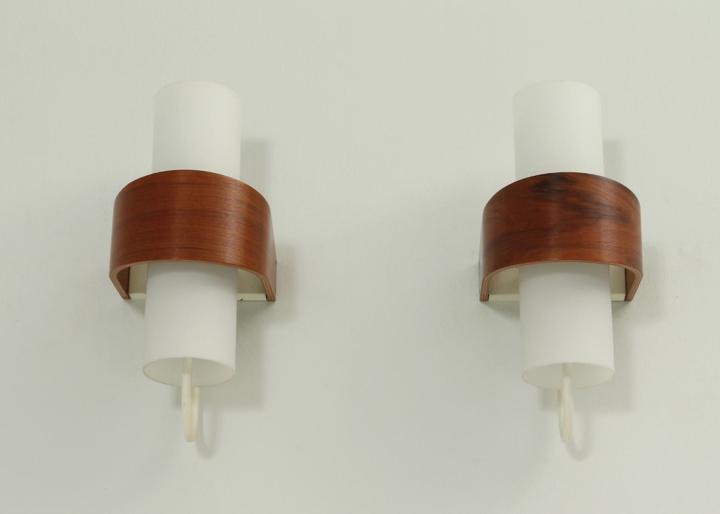 Image of: Contemporary Kirklands Sconces