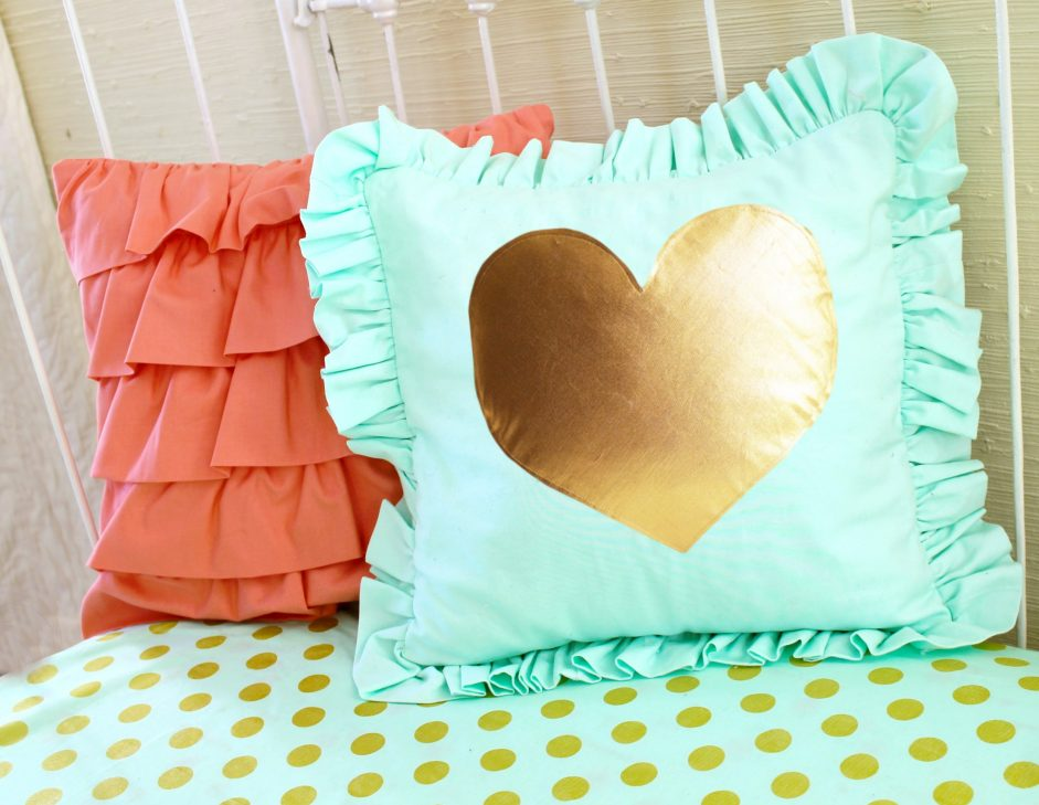Image of: Coral Mint Pillows