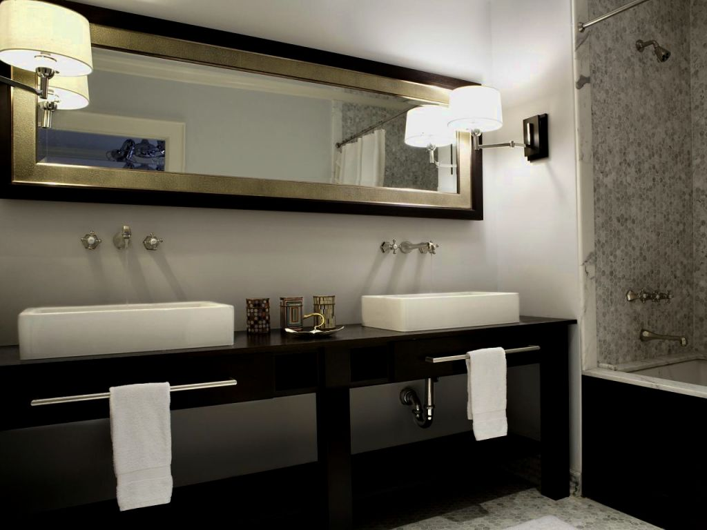 Image of: Elegant Bathroom Vanity Sconces